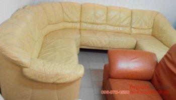 Угловой не раскладной кожаный диван