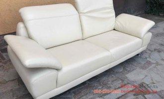 Кожаный диван  в стиле hi-tech