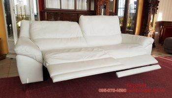 Кожаный трехместный диван электрорелакс
