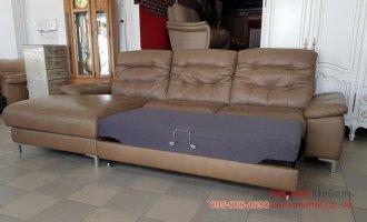 Раскладной кожаный угловой диван реклайнер