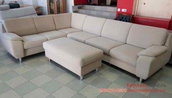 Угловой раскладной диван с пуфом