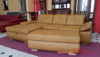 кожаный угловой диван с приставным пуфом