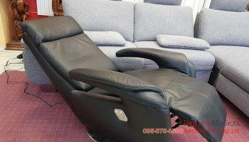 Новое кожаное кресло-реклайнер