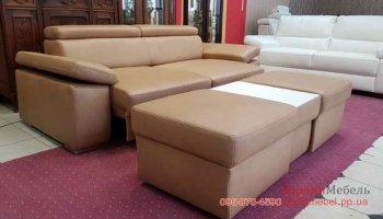 Кожаный трехместный диван с пуфом