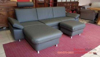 Угловой диван с подставным пуфом
