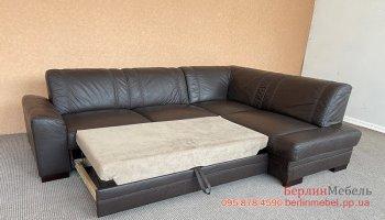 Кожаный угловой раскладной диван